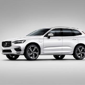 Volvo XC60 Ganadora en los Premios Vía por el «Mejor equipamiento en seguridad»